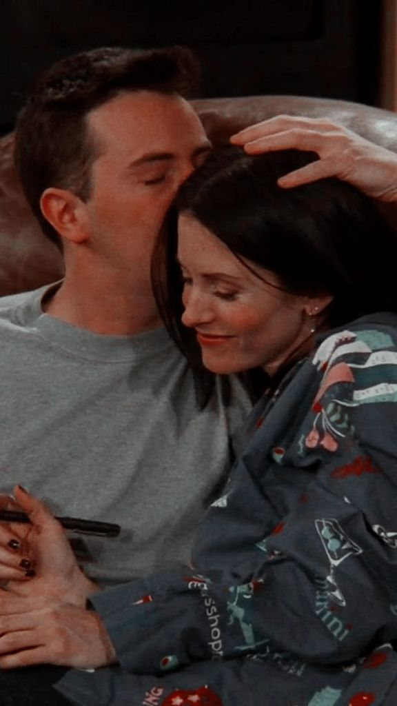 <3 Chandler and Monica <3