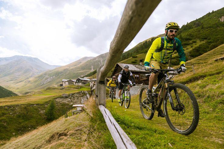 10 Gründe für Livigno im Sommer http://wp.me/p2x69e-me1 #Biken #Italien #Livigno #Trailrunning #WandernTrekking #Wassersport #HotelsRegionen #ichliebeberge