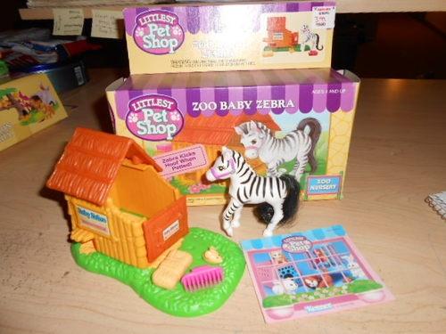 1993 Vintage Littlest Pet Shop Zoo Baby Zebra Playset