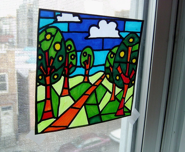 faux stained glass using markers on paper..then rub the whole thing with baby oil and allow to dry will become translucent