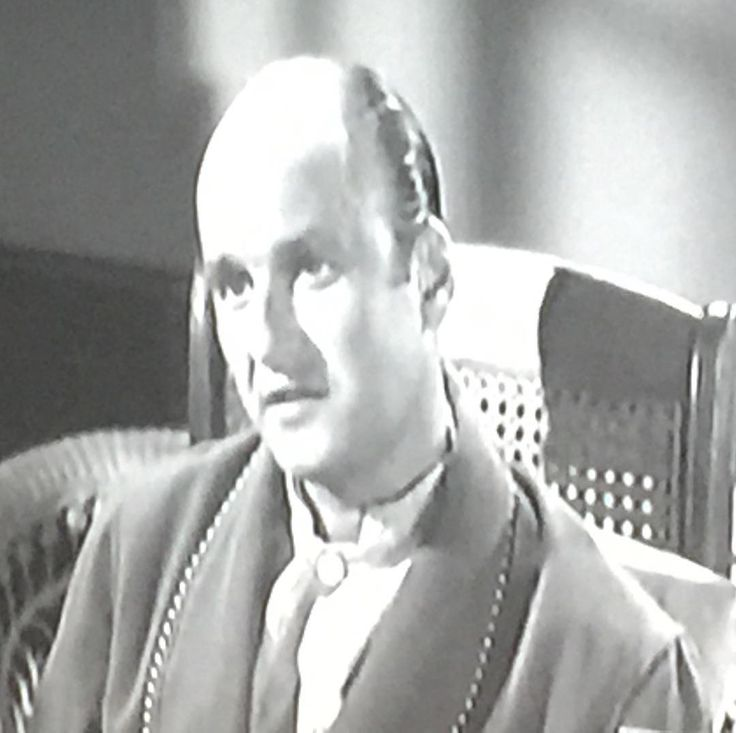 "Werner Klemperer on ""Alfred Hitchcock Presents"" (The Crystal Trench 1959) DIS-MISSED!"