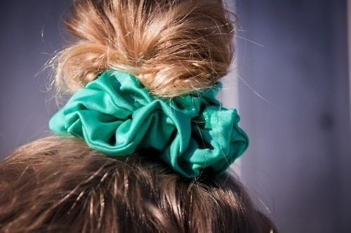 Scrunchie Hair Styles: 17 Best Images About Scrunchie On Pinterest