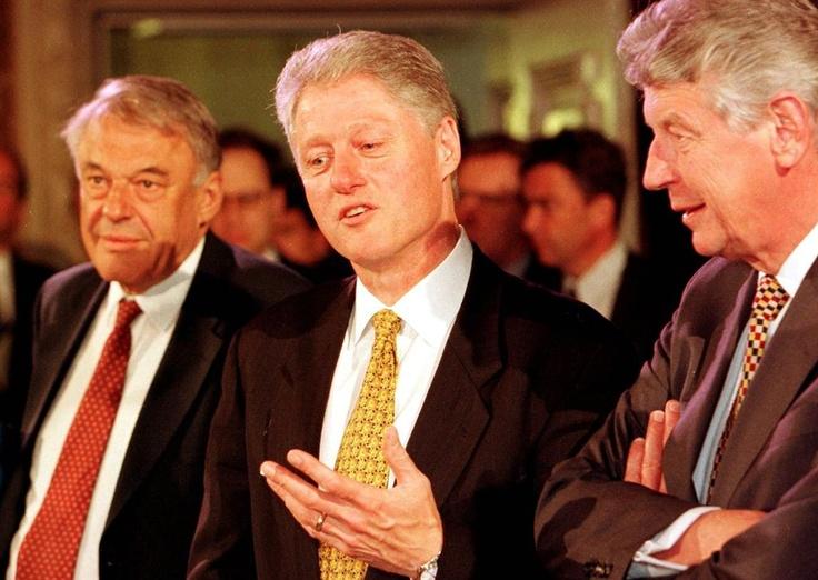 Met de toenmalige Amerikaanse president Bill Clinton en premier Wim Kok in 1997.