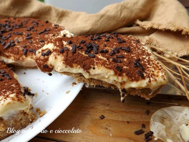 TORTA DI BISCOTTI TIRAMISU'   aglio olio e cioccolato