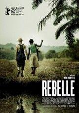 """CINE(EDU)-905. Rebelde. Dir. Kim Nguyen. Bélico. Canadá, 2012. Nalgún lugar de África subsahariana, nunha pequena e remota aldea, Komona, unha nena de 12 anos, vive cos seus pais, ata o día en que é secuestrada polo exército rebelde e vese obrigada a combater como nena soldado. Pola súa capacidade para salvarse, noméanlle """"bruxa da guerra"""". http://kmelot.biblioteca.udc.es/record=b1535201~S1*gag http://www.filmaffinity.com/es/film373632.html"""