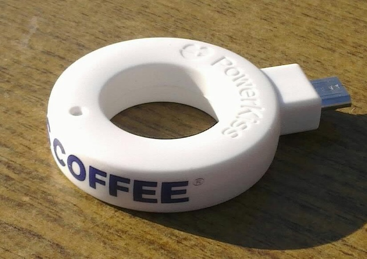 A wireless charging Ring at Wayne's Coffee taken by @ sepesy