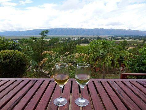 Inle Lake Travel Guide | Hsipaw Wine Tasting in Myanmar