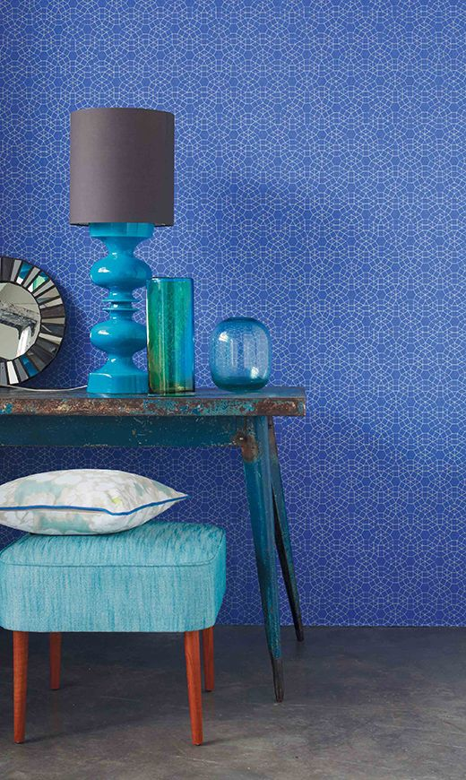Graphic Camengo 'Eidos' wallpaper from the Paloma Wallpaper collection.