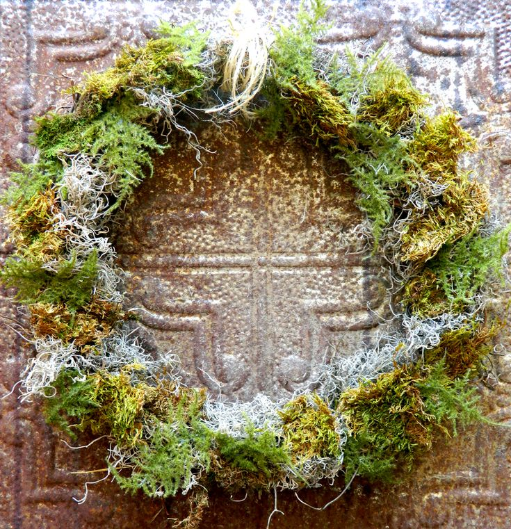DIY Moss Wreath Anthro Style