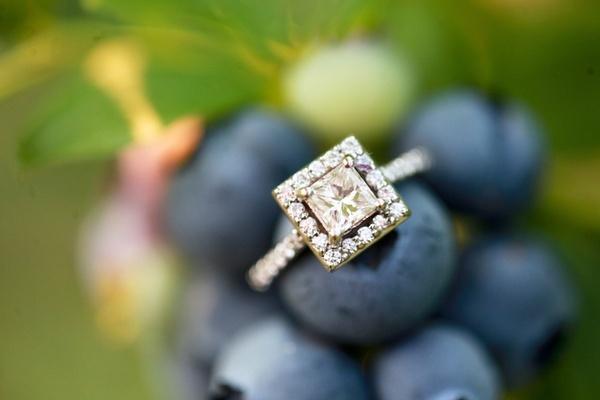 oh, hello!: Ideas, Diamonds Band, Pin Today, Engagement Rings Princesses, Wedding Rings, Random Pin, White Gold, Dreams Rings, Princesses Cut