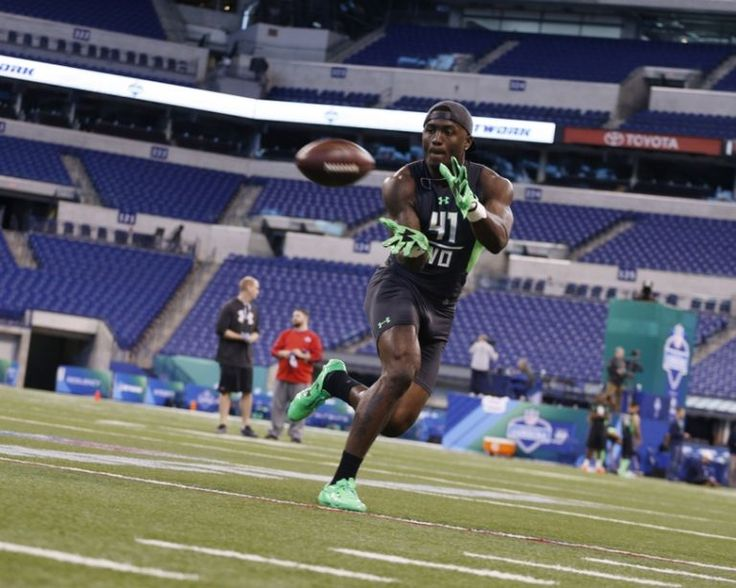 NFL Combine Needs to be Fixed - http://nflspinzone.com/2016/03/07/nfl-combine-needs-fixed/