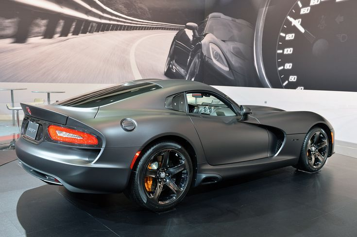 2014 SRT Viper Anodized Carbon Special Edition - right rear qtr