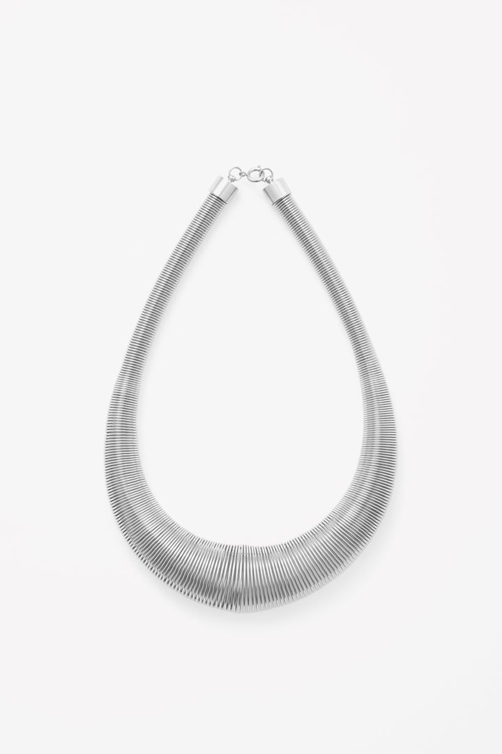 COS | Coiled metal necklace