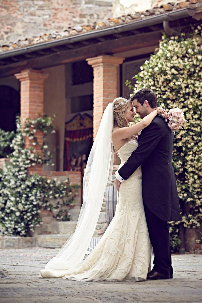IL BORRO WEDDING IN TUSCANY