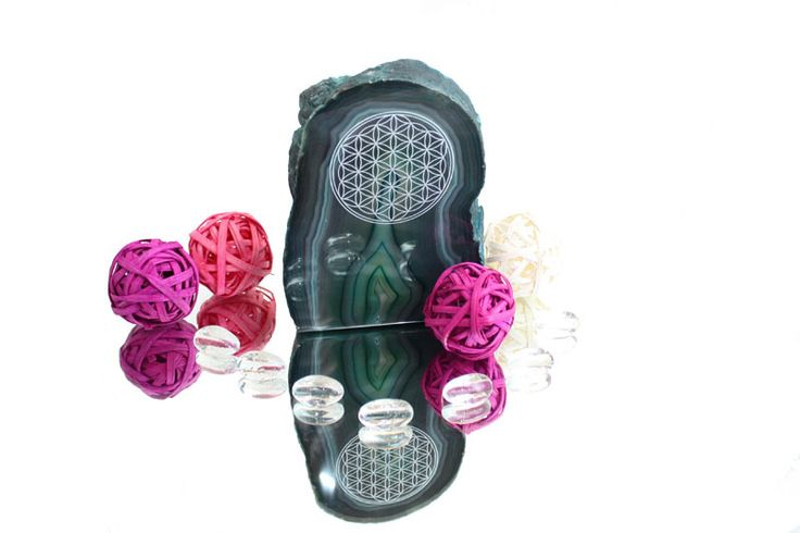 Flower of Life on green agate end from festive ideas by DaWanda.com