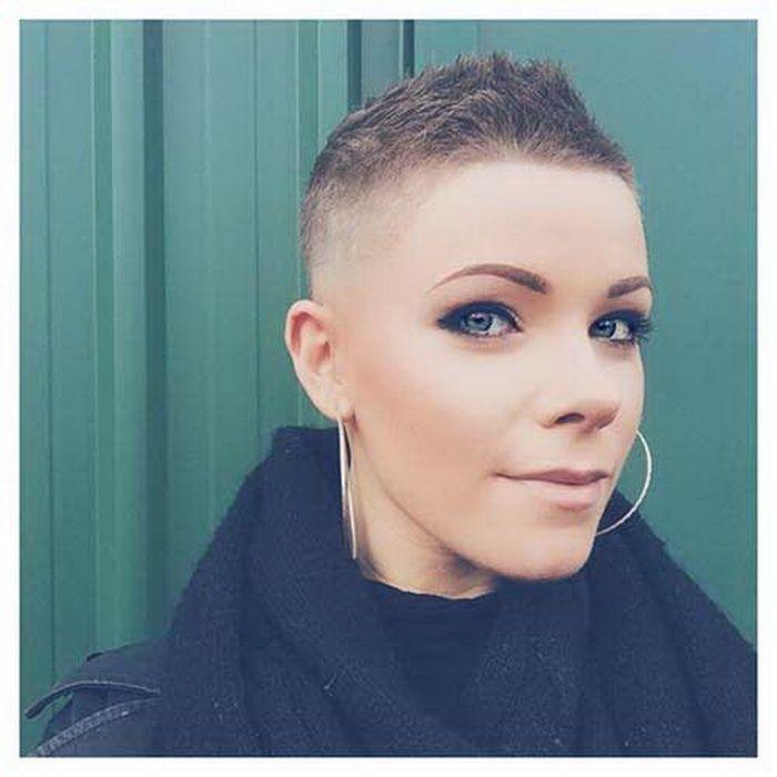 Sehr Kurze Haare 2017 Kurze Frisuren Frisuren Männer Für Rundes