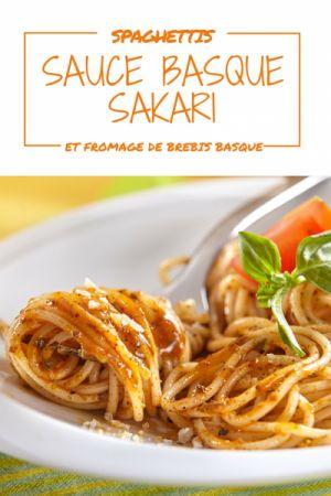 Spaghettis sauce basque Sakari et fromage de brebis. Simple et efficace à tester sans plus tarder !