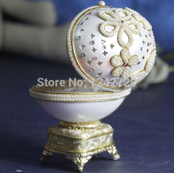 ==> [Free Shipping] Buy Best Royal Luxury White Diamond Pearl Style Goose Egg Carving Musical Jewelry Box Flower Home Decor Music Box Eggshell Wedding Design Online with LOWEST Price | 1922481703