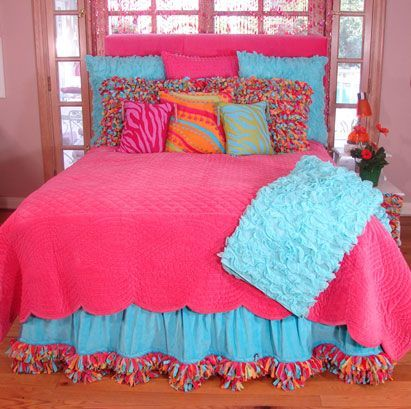 traditional white bed and fluffy pillows in cool teen bedrooms | Tween Loft Bedrooms for Girls | Tween Bedding Sets For ...