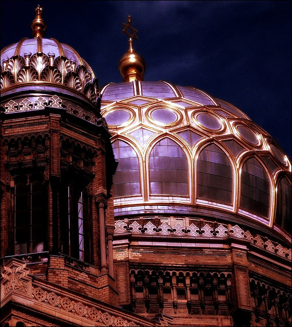 The Neue Synagoge (New Synagogue) in Berlin was built between 1859 and 1866 and destroyed in the mid-20th-century.  Now a meticulously restored landmark, it is an exotic amalgam of styles, with a Moorish feel. Its bulbous, gilded cupola stands out in the skyline.