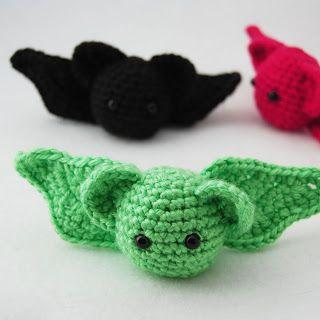 The Itsy Bitsy Spider Crochet: Free Pattern Sunday: Little Bat by Shala