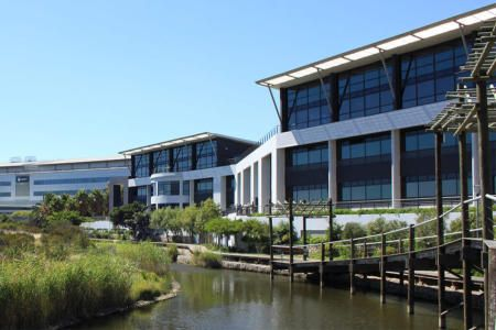 Modern offices to let in Century City
