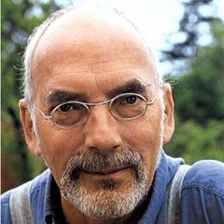 Löwenzahn – Peter Lustig + https://youtube.com/results?search_query=L%C3%B6wenzahn + http://de.wikipedia.org/wiki/Peter_Lustig