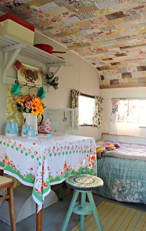 25 best ideas about shabby chic caravan on pinterest vintage trailers shabby chic campers. Black Bedroom Furniture Sets. Home Design Ideas
