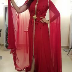 One of my favourite design in red colour 😍❤❤❤ #bahrain #dubai #oman #abudhabi #ryadh #morocco #qatar #sharjah #doha #uae #bride_show #ghizlane_elfeddi #ksa #kuwait #saudiarabia #caftan #zayfashion #qatar #paris #sharjah #doha #style #stylish #fashion #القفطان_المغربي #كراكو_مغربي#كراكو_وجدي #القفطان_المغربي_اصلي_عالمي_جميل #القفطان_المغربي_العالمي #القفطان_المغربي_عالمي #القفطان_المغربي_اصلي_عالمي_جميل #القفطان_المغربي_اصلي_عالمي_جميل👑👑👑 #القفطان_مغربي #المغرب #مغربية_وراسي_عالي💚👑❤💪✌