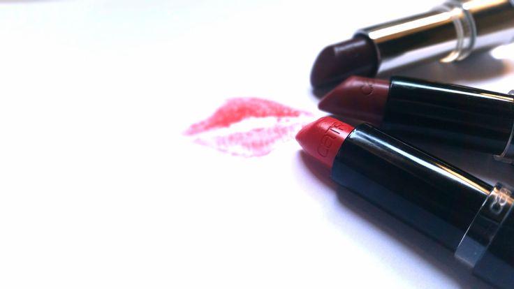 Ik vind een felle rode lippenstift een echte must have. Bijzonder mooi, vrouwelijk en een echte eyecatcher. Dus als ik mijn lipjes een mooi kleurtje geef dan wil ik het wel goed doen. En wanneer ik…