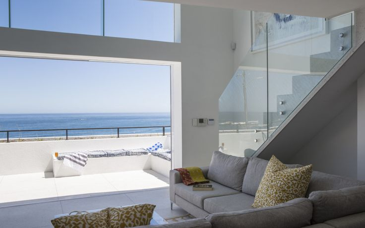 Cape Concierge – Holiday villas in Cape Town – 1 bedroom Clifton Apartment