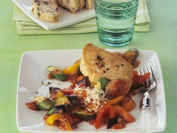 Probieren Sie das leckere Putensteak mit Mittelmeergemüse von EAT SMARTER oder eines unserer anderen gesunden Rezepte!