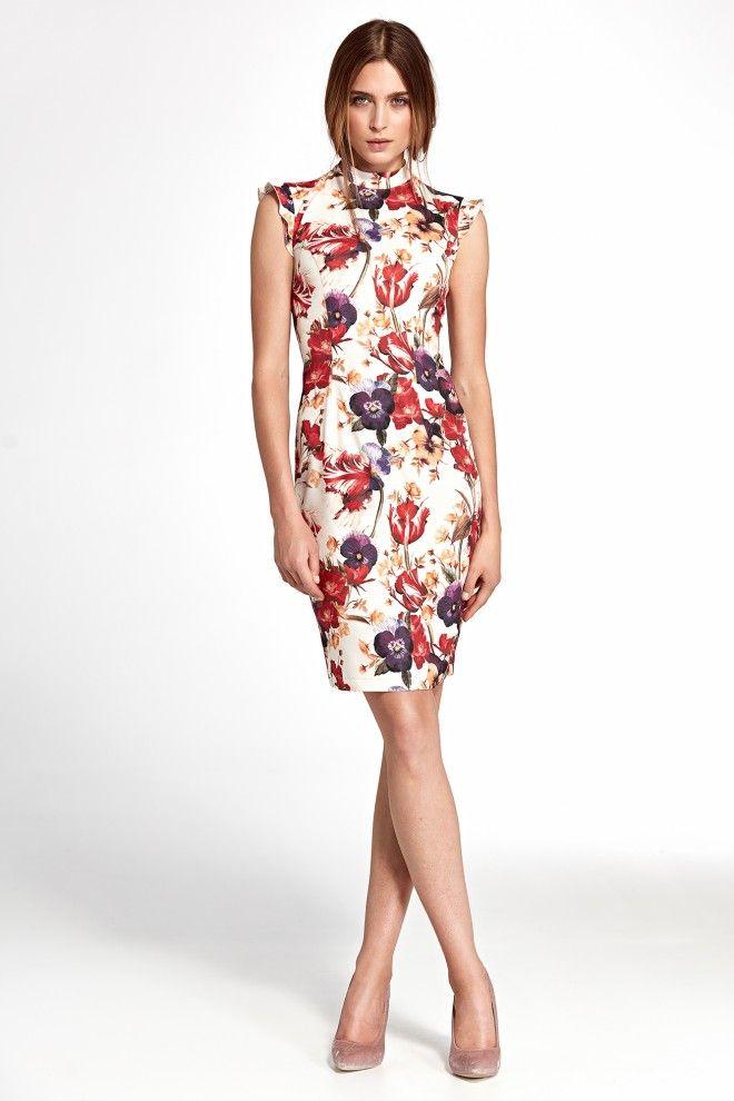 Elegancka Sukienka W Kolorowe Kwiaty Z Falbankami Na Ramionach Fitted Floral Dress Fitted Dress Dresses