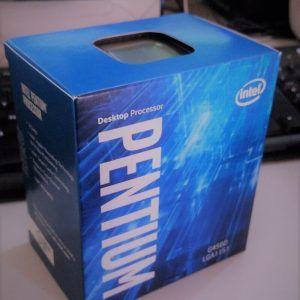 Ini adalah Intel Prosesor Dual core G generasi ke-7. Generasi paling terkini dengan arsitektur baru yang bernama Kabylake. Seri prosesor ini adalah G4560.  Sisi menarik prosesor ini adalah disematkannya fitur hyper threading. Dimana HT ini sebenarnya hanya ada di prosesor seri core i.