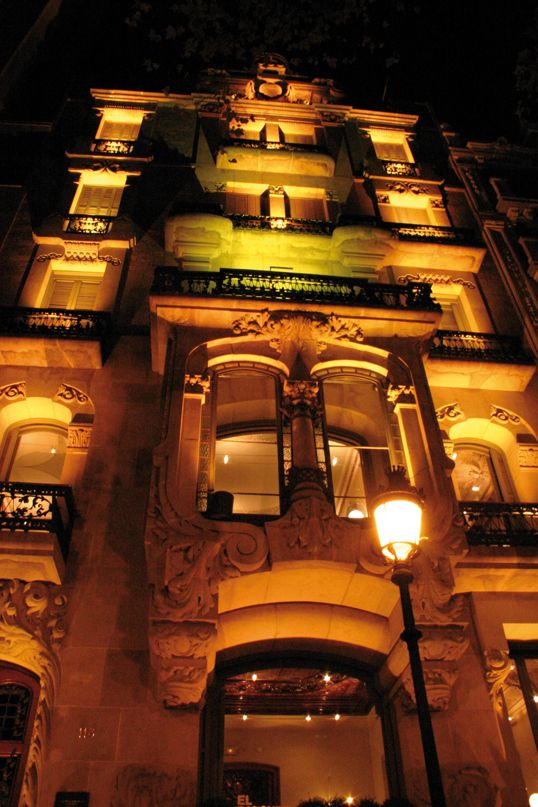Lighting up El Palauet #eventspaces #Barcelona