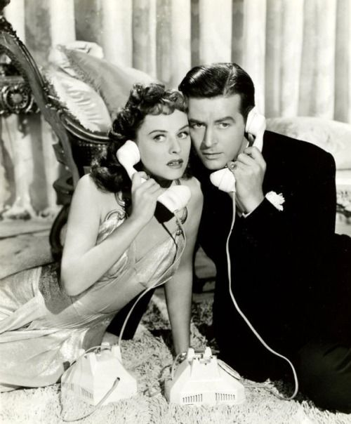 Paulette Goddard and Ray Milland in The Lady Has Plans