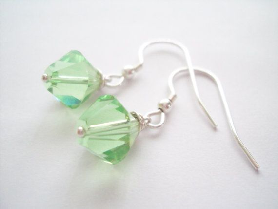 Swarovski Peridot green petite dangly earrings in sterling silver (925)