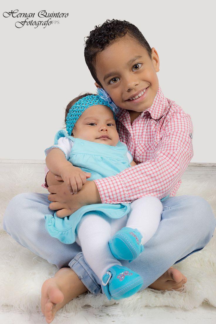 La ternura del verdadero amor entre hermanos desde su niñez.