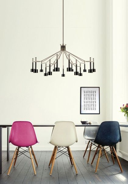 chandelier & Eames chairs with wood | http://best-home-design-photos-collection.blogspot.com