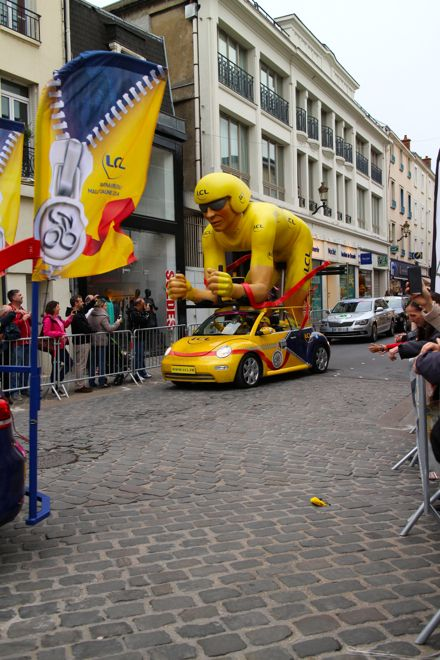 One of the many sights you'll see as part of the caravan of the Tour de France. Trust us, the kids will love it.  http://www.suitcasesandstrollers.com/articles/view/le-tour-de-france-with-kids?l=s #GoogleUs #suitcasesandstrollers #travel #travelwithkids #familytravel #familyholidays #familyvacations #traveltips #France #Cycling #tourdefrance