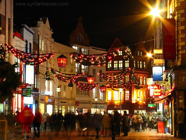 Dublin.  So much love this place. I feel SO good there.: Christmas Parties, Favorite Places, Cities, Dublin Ireland, Christmas Decorations, Christmas Lights, Places I D, Ireland On, Merry Christmas