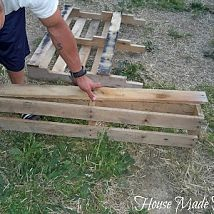 DIY Pallet Flower Boxes