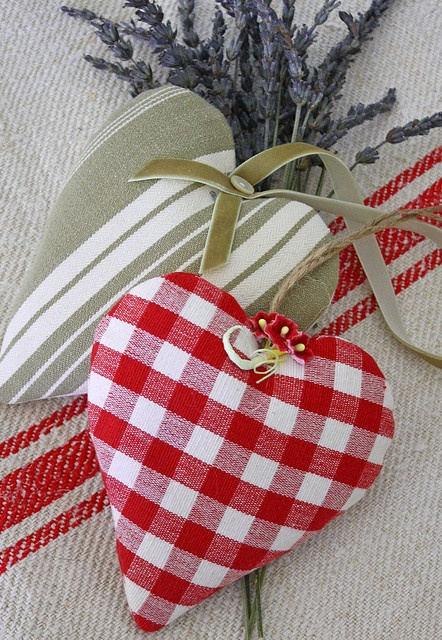 hearts: fill them with lavender to hang on a hanger or tuck in a lingerie drawer.