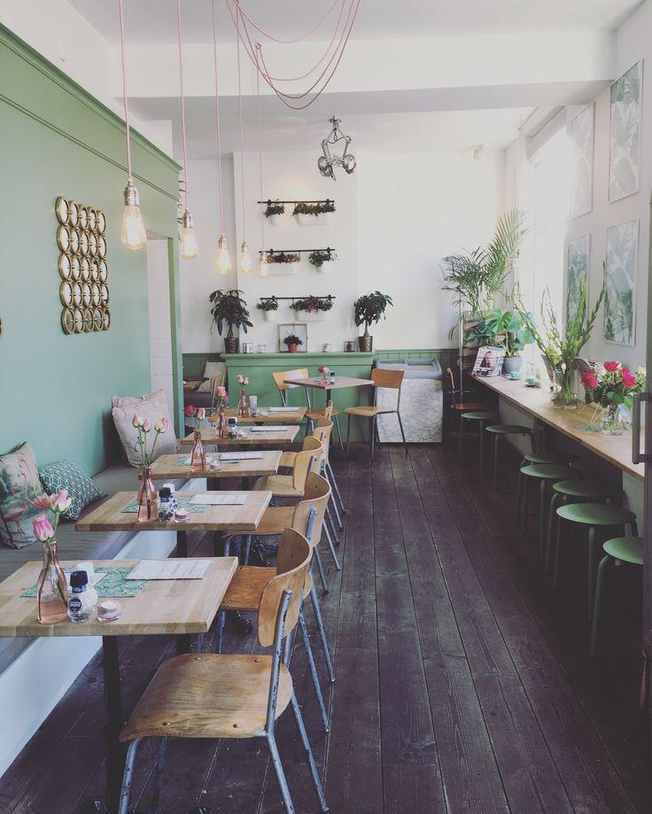 Pistache. Café Den Haag