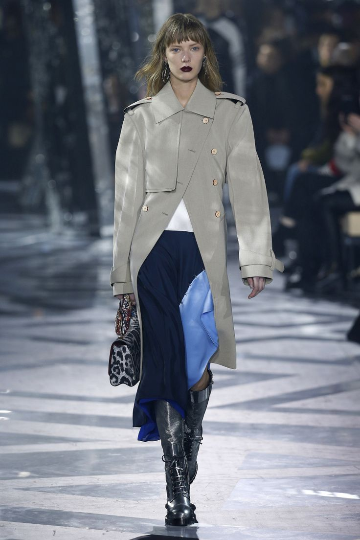 Louis Vuitton | Ready-to-Wear - Autumn 2016 | Look 13