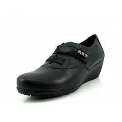 Zapato Fluchos negro cuña