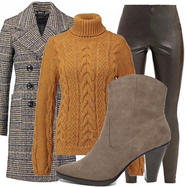 Questo bel cappotto in principe di Galles sta benissimo con questo leggings in questa particolare tonalità di grigio. Il tutto viene ravvivato da un maglione giallo-senape