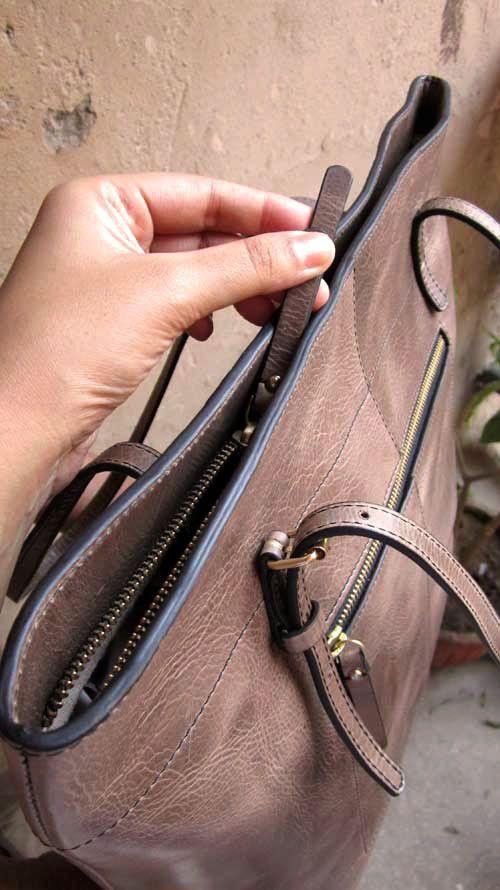 Pickle Emma, Chiaroscuro, India, Pure Leather, Handbag, Bag, Workshop Made, Leather, Bags, Handmade, Artisanal, Leather Work, Leather Workshop, Fashion, Women's Fashion, Women's Accessories, Accessories, Handcrafted, Made In India, Chiaroscuro Bags - 8