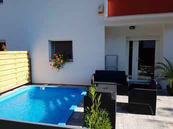 Ferienhaus mit Pool am Plattensee | fewo-bach.de