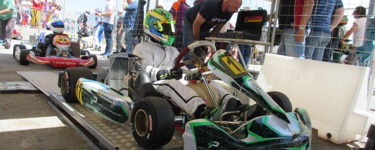 O A. Χούρλιας της αγωνιστικής ομάδας PRT Motorsport κάτα την διαδικασία του…